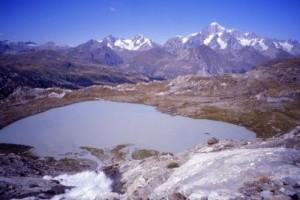 Lago-del-Rutor-La-Thuile-di-Andrea-Airaghi-300x204.jpg