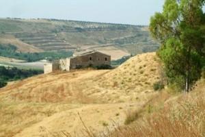 Masseria-nel-ragusano-di-Emilio-Bruno-300x225.jpg